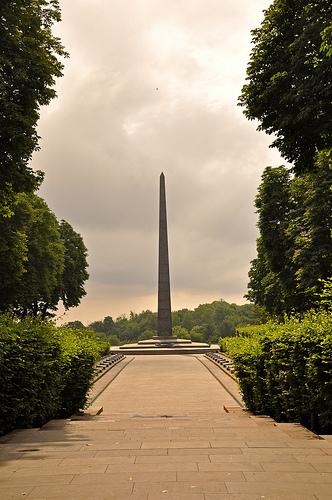 monumento-kiev.jpg